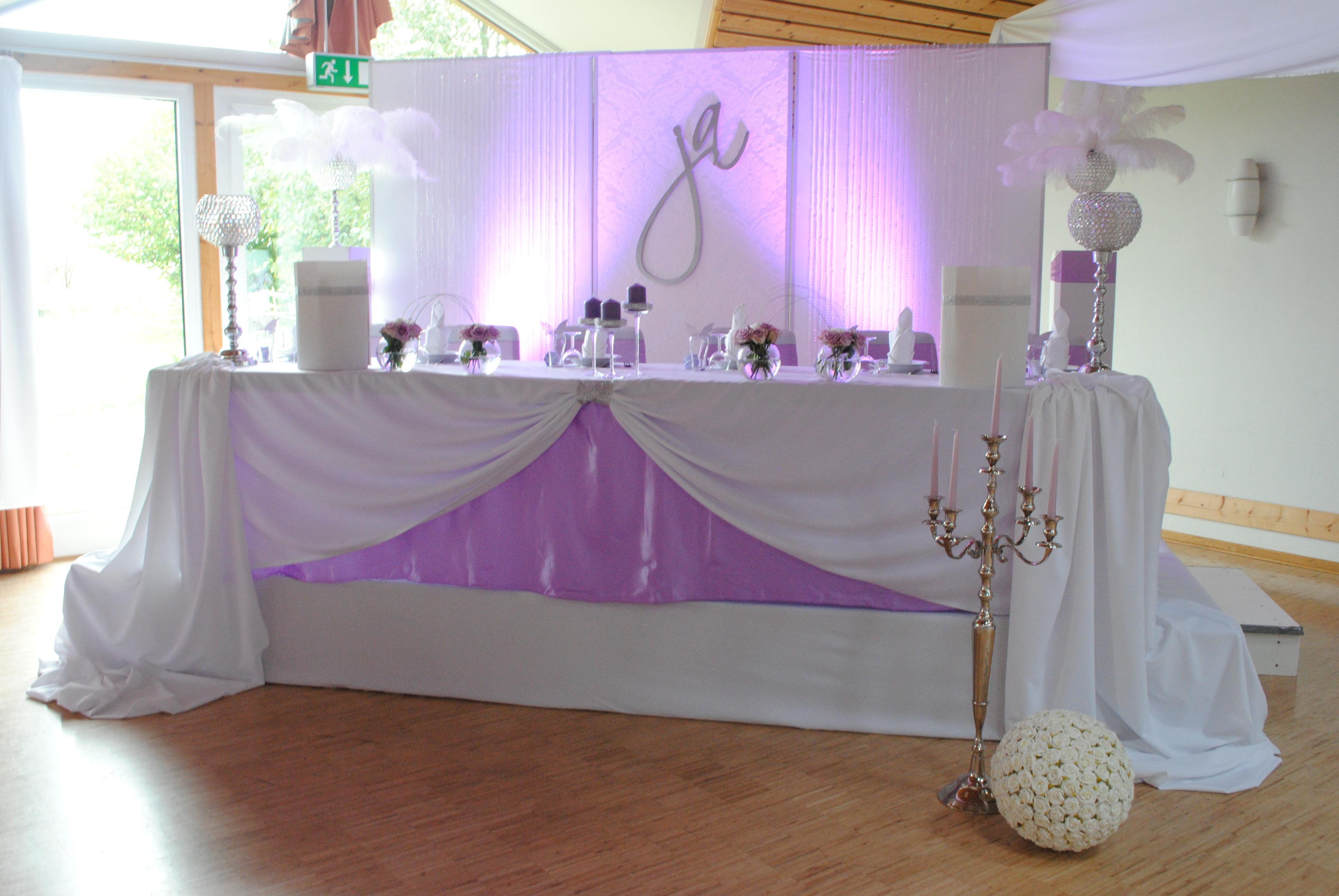 Brauttisch mieten verleih und dekoration for Verleih und dekoration